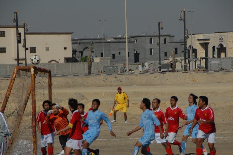 Serangan bertubi-tubi Fawaziya ke pertahanan Ganesha berujung 4-0